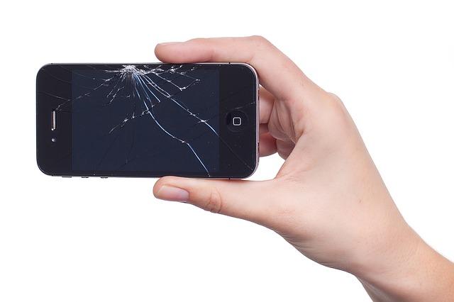 תיקון אייפון 4 – פתרון בעיות נפוצות