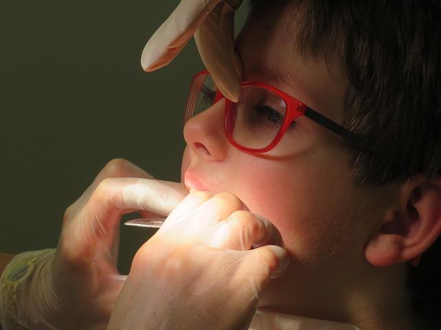רופא שיניים מומחה לילדים