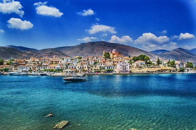 """יתרונות של השקעות נדל""""ן ביוון"""