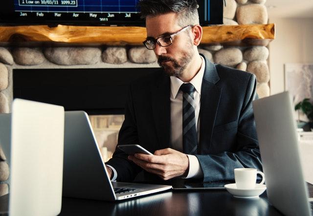 באילו מצבים כדאי להיעזר בשירותי עורך דין לתביעות סיעוד?