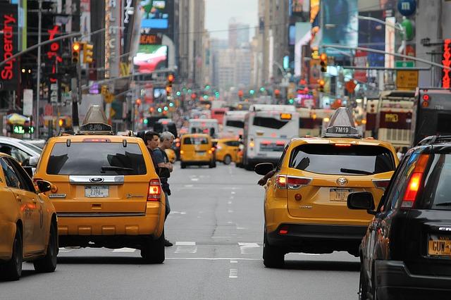 מונית גדולה לשדה התעופה – איך בוחרים?