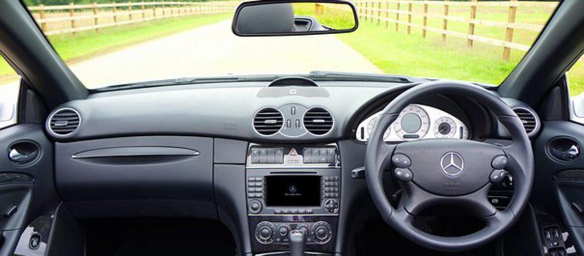 car-1744903__340
