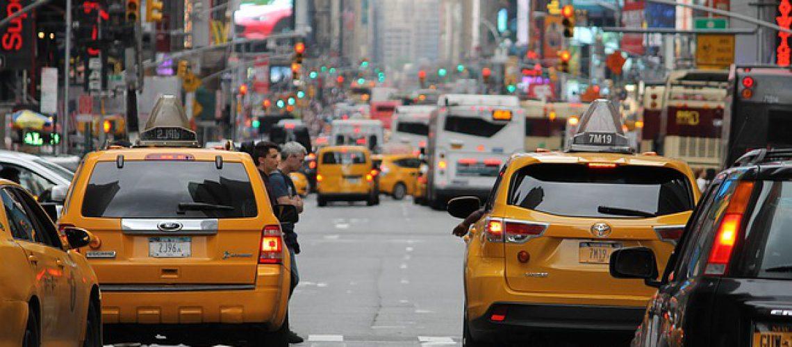 מונית גדולה לשדה התעופה