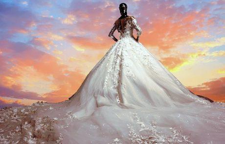 שמלות כלה נפוחות עם אבנים יפות